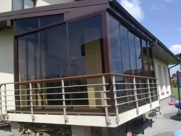 Остекление балкона в частном доме фото..