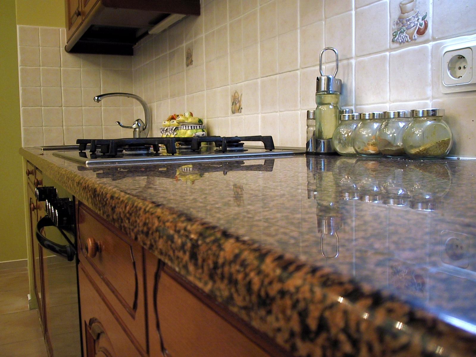 Столешницы для кухни из
